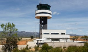 The control tower at Castellón–Costa Azahar airport. The construction of the airport was commissioned by the politician Carlos Fabra, who is now serving jail time for tax fraud.