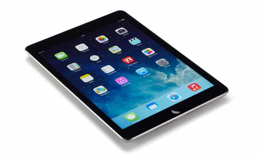 Apple is expected to account for 51% of tablets in use by Brits in 2015, before dipping in the years ahead.
