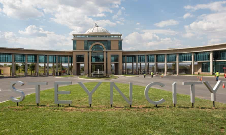Steyn City, the biggest development of its kind in Africa, is officially open.