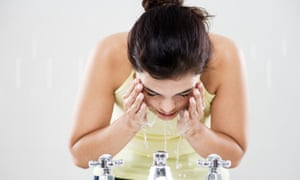 Stop washing! And other rules of the caveman regimen