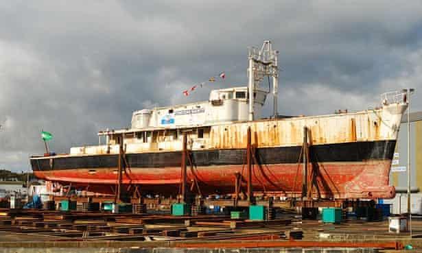 The Calypso in November 2007, at Concarneau.