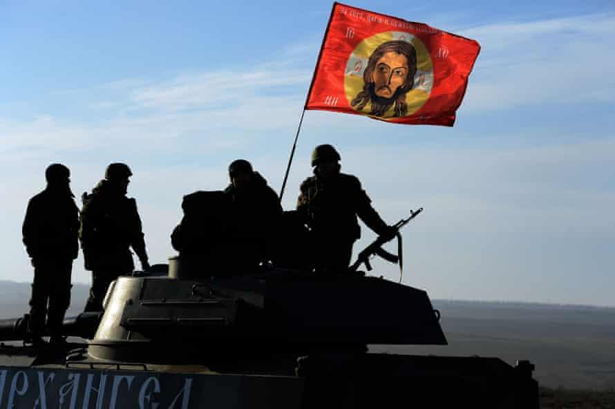 Pro-Russia militants near theeastern Ukrainian city ofStarobeshevo.