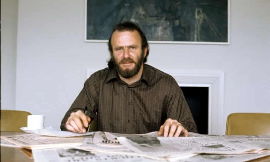 By the time he was appearing on What the Papers Say in 1972, James was the Observer's TV critic.