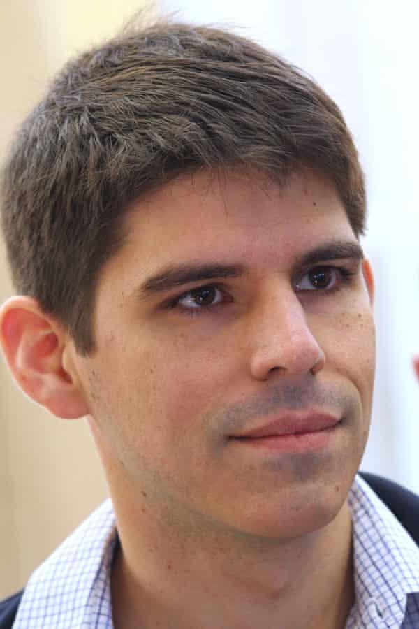 Dr David Bardens