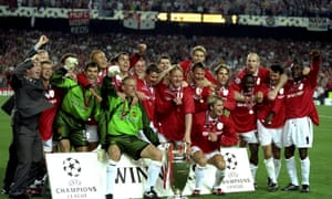 The 1999 treble winning Manchester United team celebrate their last gasp win in the European Cup against Bayern Munich.
