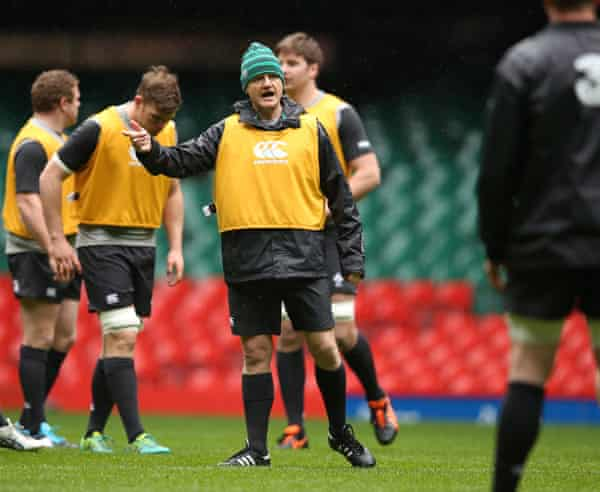 Joe Schmidt putting his players through their paces during the captain's run in Cardiff on Friday.