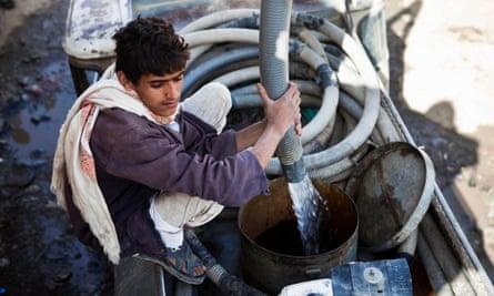 yemen water tank