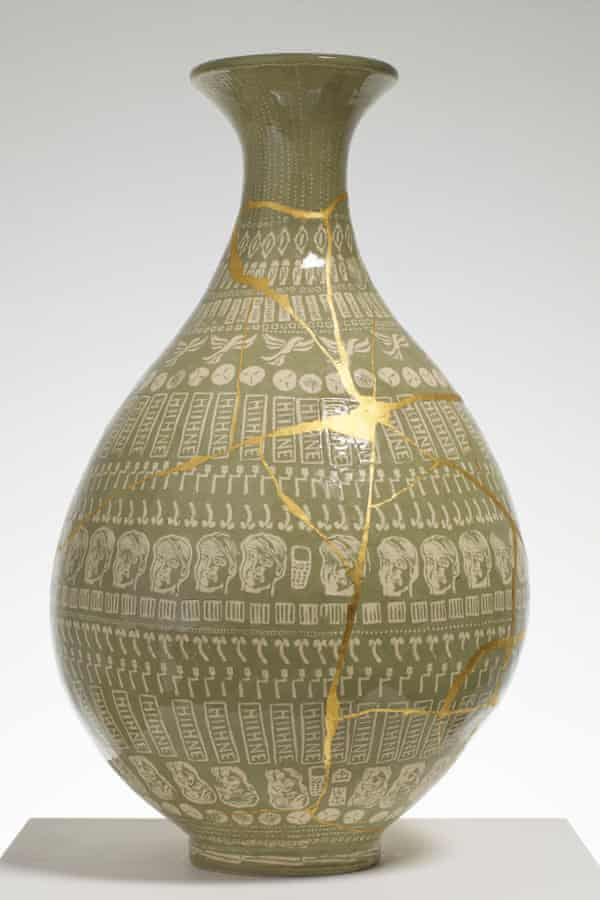 The Huhne vase, a work inspired by Chris Huhne, former energy secretary.