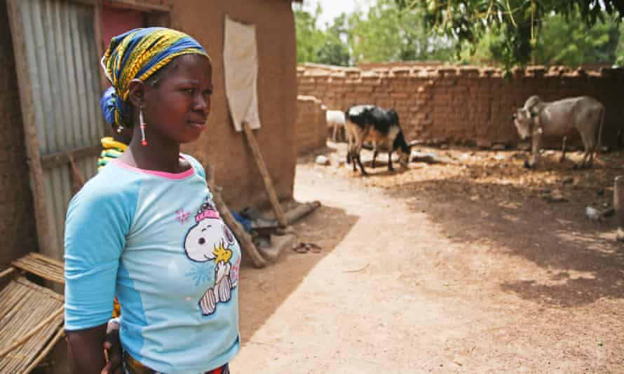 Fatoumata Djarra, 16, who lost her son two weeks after he was born, outside her house in the village of Diatoula, 15km outside of Bamako, Mali. (WaterAid/Tara Todras-Whitehill)