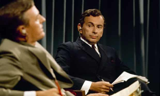 William R Buckley and Gore Vidal exchanging pleasantries