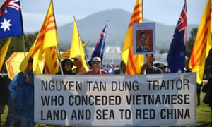 Demonstrators in Canberra protest the visit of Vietnam's Prime Minister Nguyen Tan Dung