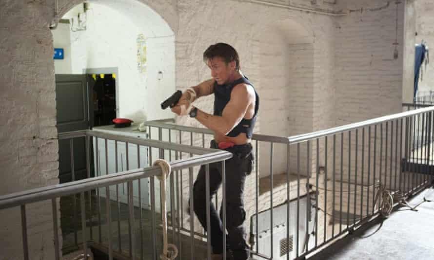 Sean Penn in The Gunman.