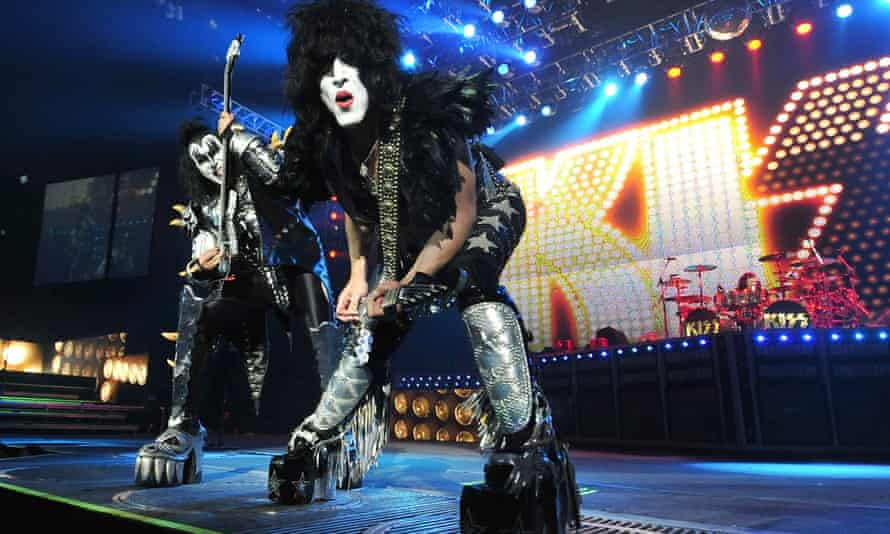 Paul Stanley (right) and Gene Simmons of Kiss, performing live in 2012