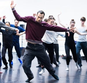 Hofesh Shechter in rehearsals with members of the Royal Ballet.