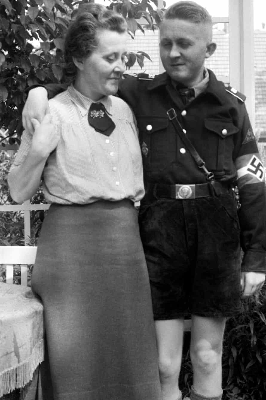 Niemann Minna and son Dieter