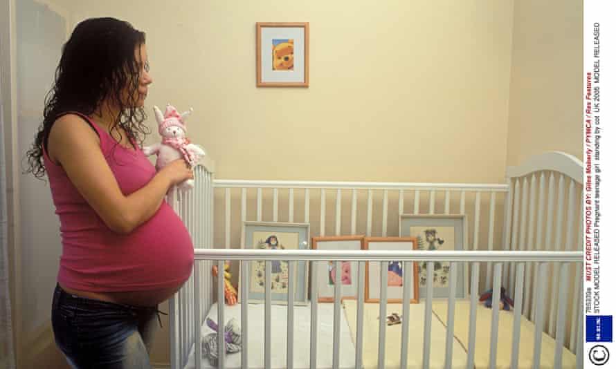 pregnant teenage girl cot