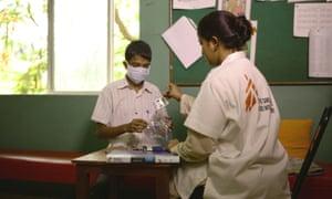hepatitis C patient given ribavirin at MSF clinic in Mumbai