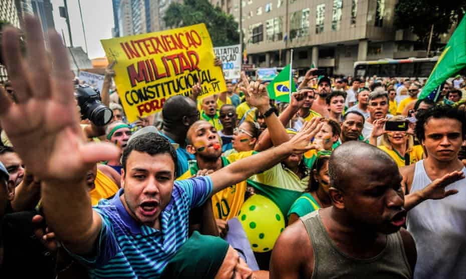Thousands of people participate in a demonstration demanding President Dilma Rousseff's impeachment on 15 March, 2015 in Rio de Janeiro, Brazil.