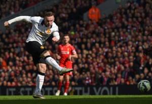 Wayne Rooney has al shot.