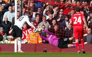 Wayne Rooney has a penalty saved by Simon Mignolet.