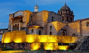 After taking Cusco, the Spanish demolished the Coricancha temple and built a cathedral on its site, maintaining only the original stone foundations.