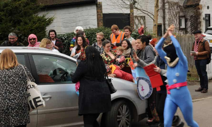 Anti-Ukip protesters surround Nigel Farage's car at the weekend
