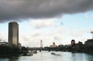 London from Vauxhall bridge