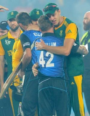 A nice bit of sportsmanship from Morne Morkel as he congratulates Brendon McCullum.