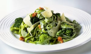 tagliatelle with broccolli and walnuts