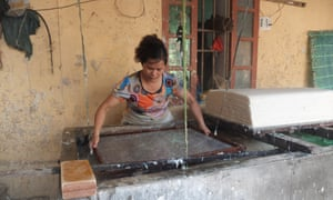 Traditional Vietnamese paper-making
