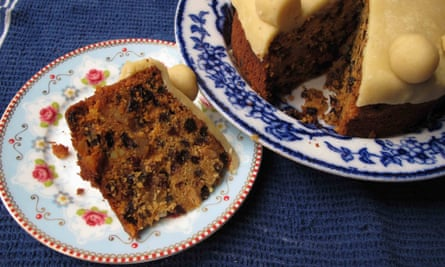 Felicity Cloake's prefect simnel cake.