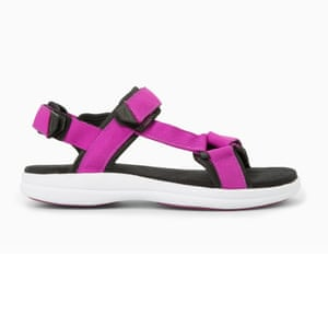 50 best flat sandals 2015 - sporty style sandals with chunky white sole and bright purple straps by Mango