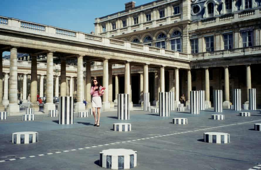 Les colonnes de Buren at the Palais Royale
