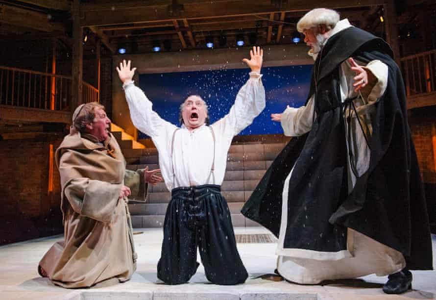 Geoffrey Freshwater (Friar Barnadine), Jasper Britton (Barabas) and Matthew Kelly (Friar Jacomo) in the RSC's <em>The Jew Of Malta</em>.
