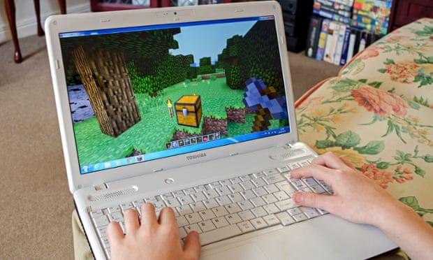 Minecraft game on laptop