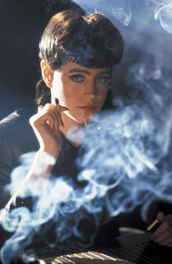 Sean Young as Rachael in Blade Runner (1982).