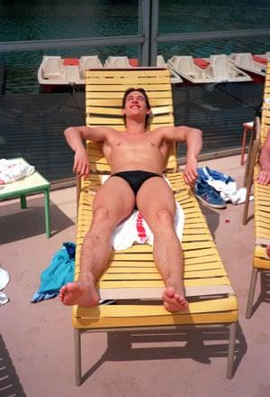 Gary Lineker seems to be enjoying sunbathing in Mexico