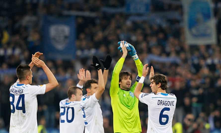Dynamo vs Everton