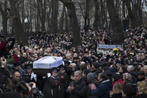 Boris Nemtsov's coffin is carried towards the ceremony at the Sakharov centre in Moscow.
