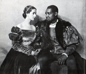 Peggy Ashcroft as Desdemona and Paul Robeson as Othello at the Savoy Theatre in London, 1930