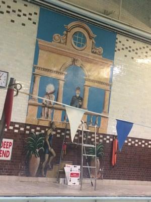 Crazy trompe l'oeil at Chelsea Leisure Centre