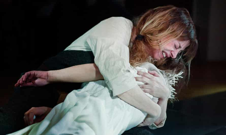 Anita Mančić (the Nurse) and Jovana Gavrilović (Juliet) in rehearsals for Romeo and Juliet