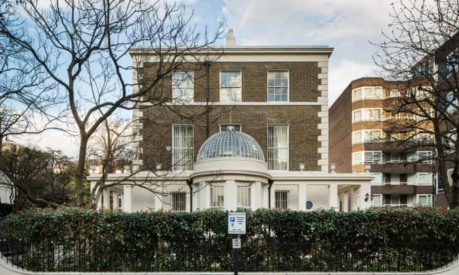 3-5 Porchester Terrace is two houses conjoined to give the illusion of one grand residence.