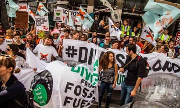 Campaigners calling on King's College London to divest from fossil fuels