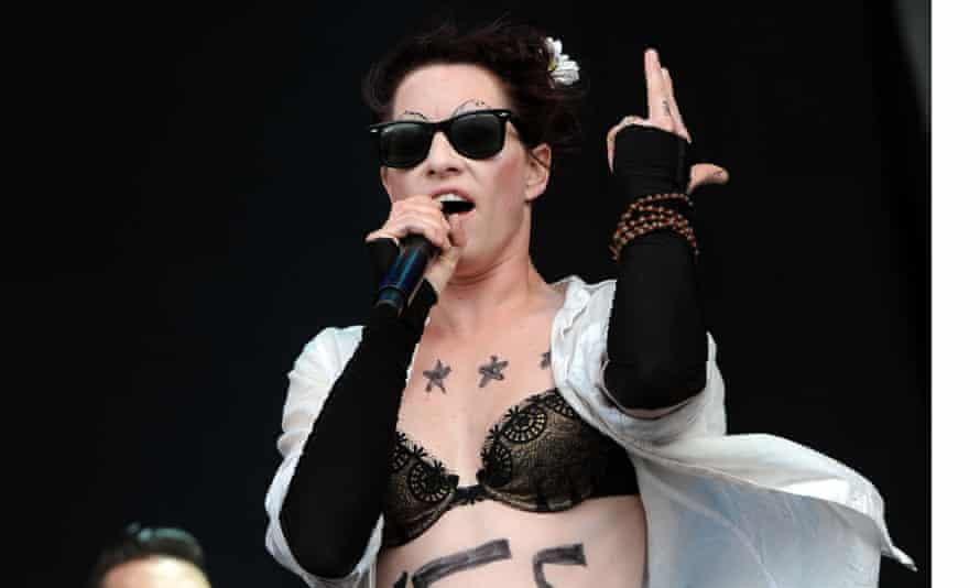 Amanda Palmer is trying a new crowdfunding service –and fans are responding.