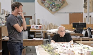 Mark Zuckerberg (left) discussing expansion plans with architect Frank Gehry.