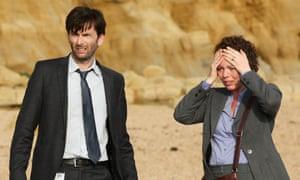 Alec Hardy (left). Kill him.