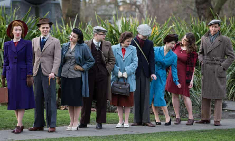 Models in 1940s style outside the Imperial War Museum