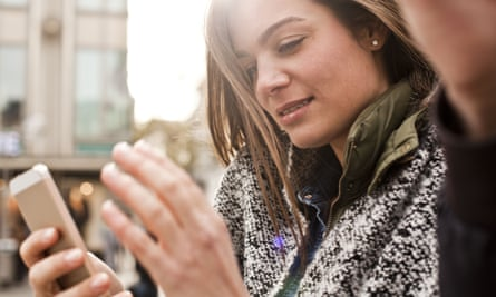 Using smartphones makes people narcissistic, a university study has found.