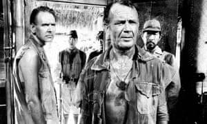 Gerald Sim, left, with John Mills in King Rat, 1965.